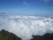 74 diatas awan